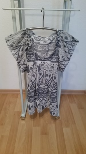Süßes ONLY Blusenshirt mit Paisley-Muster