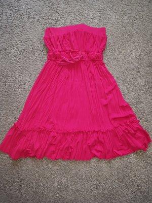 süßes pinkes Minikleid