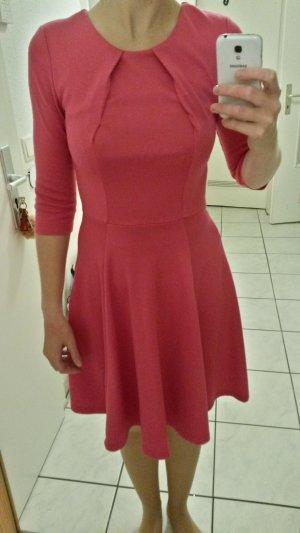 Süßes pinks Basic(Winter-)Kleid von Orsay