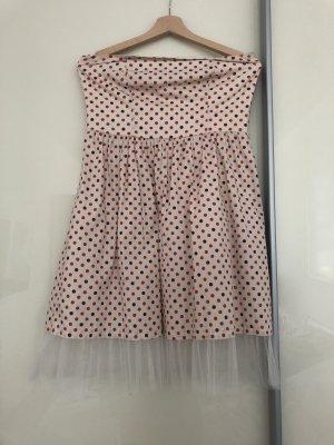 Süßes Pünktchenkleid im 50er Jahre Style