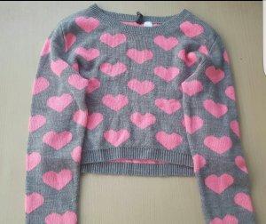 Süßes Pullover mit Herz nur für 5€