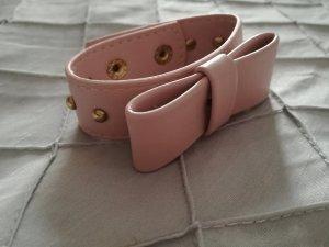 süßes rosa Armband