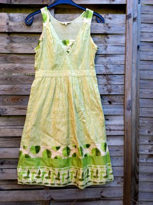 Süßes Sandwich Sommerkleid Kleid Grün Creme Muster  Blumen gr 38