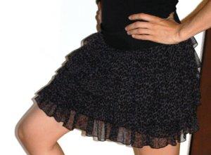 süßes schwarz-lila Röckchen von REVIEW