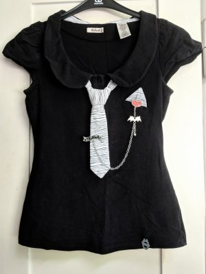 Süßes, schwarzes Shirt mit Krawatte