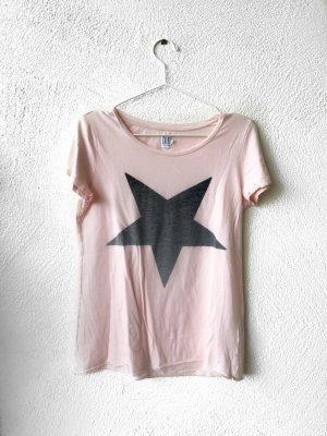 Süßes Shirt mit Stern