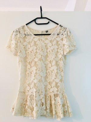 Süßes Shirt/Rüschen-Bluse