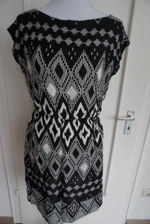 Süßes Sommerkleid Gr. 36