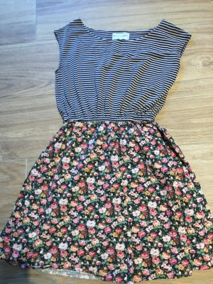 Süßes Sommerkleid, Gr. XS
