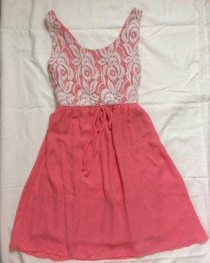Süßes Sommerkleid Größe L