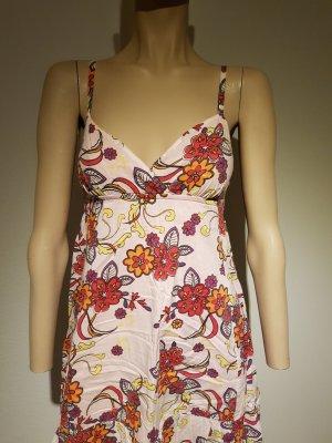 Süßes Sommerkleid mit Blumenmuster von edc by Esprit