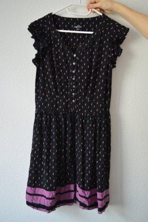 Süßes Sommerkleid mit Rüschenärmeln