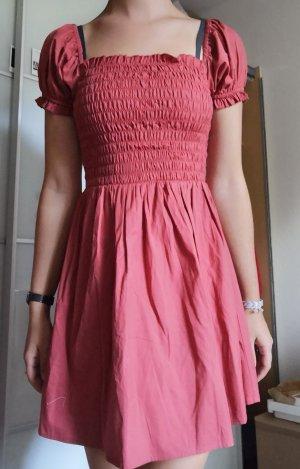 süßes Sommerkleid rostrot