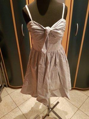 Süßes Sommerkleid von H&M