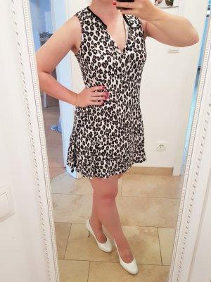Süßes Sommerkleidchen in Leoprint von Mango