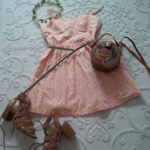 süßes Sommerkleidchen mit Herzausschnitt H&M - ungetragen