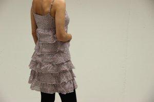 Süßes sommerliches Volant-Kleid