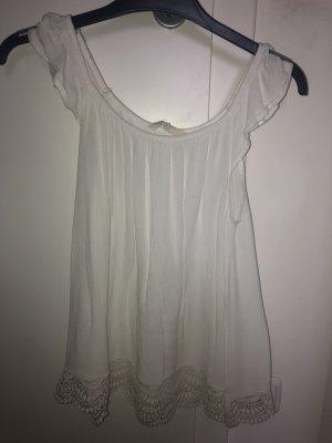 Süßes sommerliches weißes Shirt