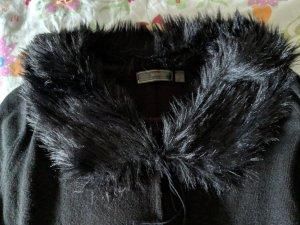 outlet store c1bdd edd33 Süßes Strickkleid schwarz mit abknöpfbarem Kunstfellkragen Gr.48/50