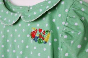 Süßes T-Shirt mit Kragen von Blutsgeschwister