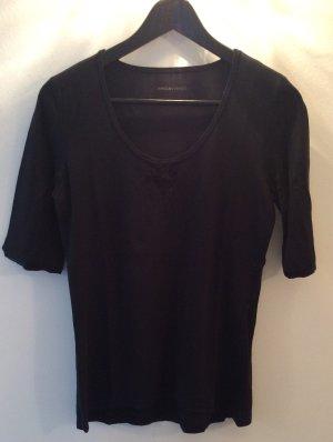 Süßes T-Shirt von Marc Cain. Größe N5(42), schwarz guter Zustand