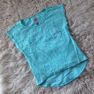 Süßes türkises Shirt von Yumi mit Spitze