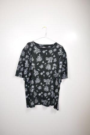 Süßes Vintage Shirt mit Blumen und Punkten Schwarz Weiß