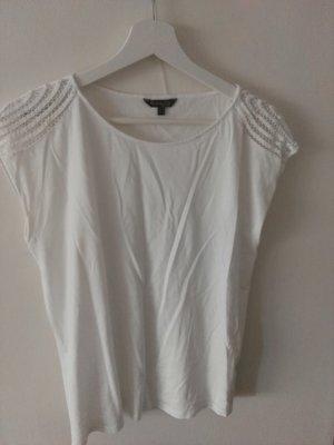 süßes weißes T-shirt
