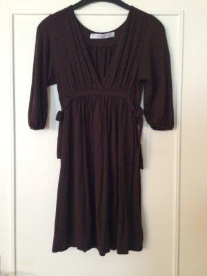 Süßes Zara Basics Kleid