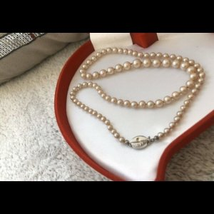 Pearl Necklace natural white-cream