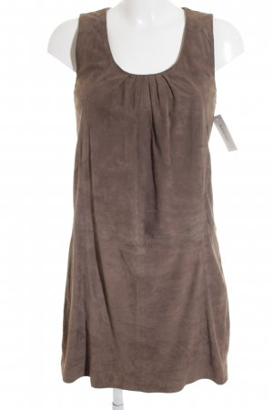 Suite 412 Pinafore dress light brown simple style