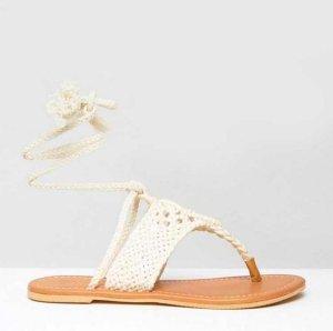 Summer walk ❤️ Flache, gehäkelte Sandale mit Beinschnürung Gr. 39 - neu!