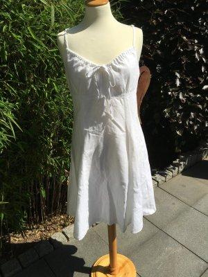 Summerfeeling! Weißes Leinenkleid