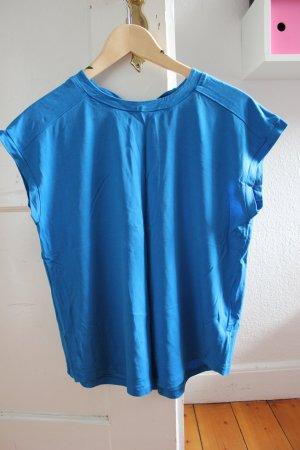 Super angenehm zu tragendes Shirt von & other stories mit raffiniertem Rückenausschnitt