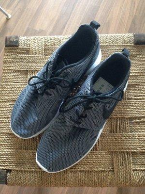 Super bequeme Nike Roshe Run's - wie neu