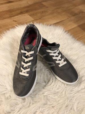 Super bequeme Skechers sneaker