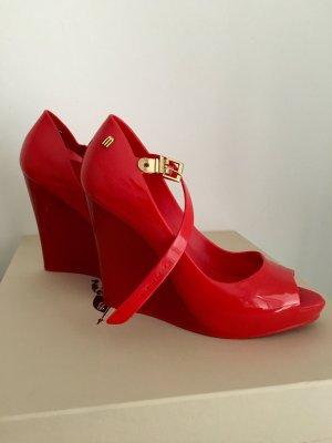 Super coole Schuhe aus Silikon , bequem und chic