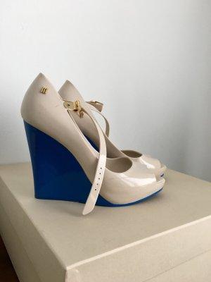 Super coole  Schuhe aus Silikon , sehr bequem