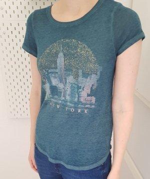 Super cooles Shirt mit goldender Schrift New York