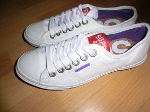 Super Dry Sneaker NEU