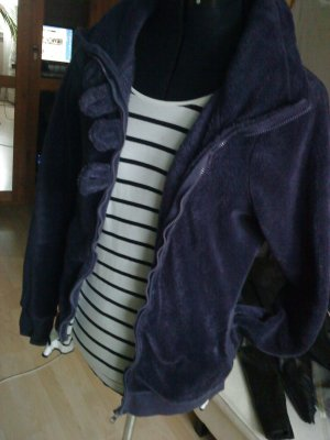 super flauschige Jacke in pflaumefarben Only L