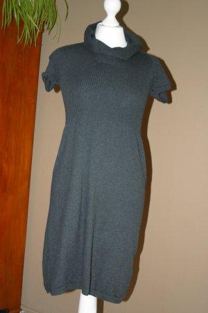 Super gemütliche S `OLIVER Kleid in Gr. 34/36