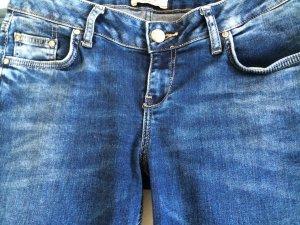 Super Jeans von L T B  handmade in fit slim straight  sehr schöne blau Färbung