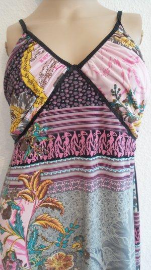 SUPER-PREIS!!!   Supertolles Kleidchen mit wunderschönem Muster Gr.M 36/38