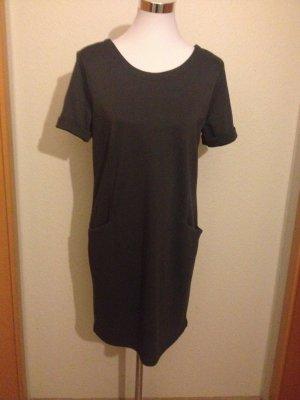 super Pulli-Kleid von VILA mit schönem Rücken, Größe 36/38,NEU!!