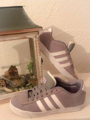 Super schicke adidas sneakers Gr38