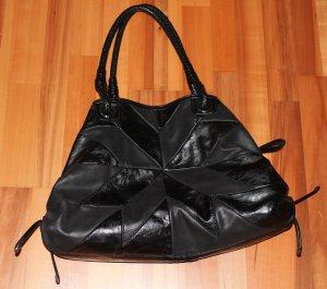 Super schicke Damenhandtasche mit vielen Innentaschen!