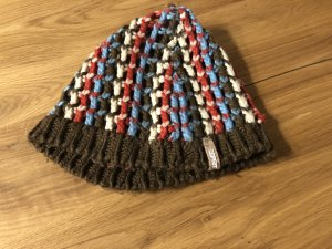 Esprit Crochet Cap multicolored