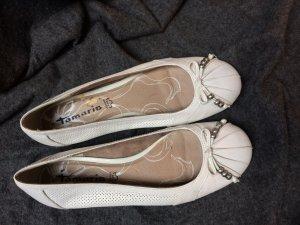 Super schicke weiße Ballerinas