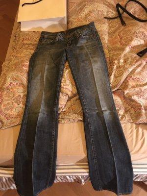 Super schlank machende 7 Jeans, W25, L32